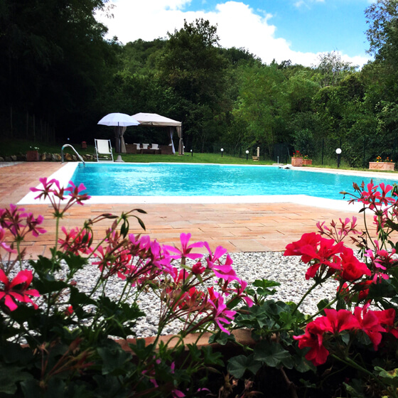 Bed and breakfast in the Chianti in Tuscany with a large swimming pool